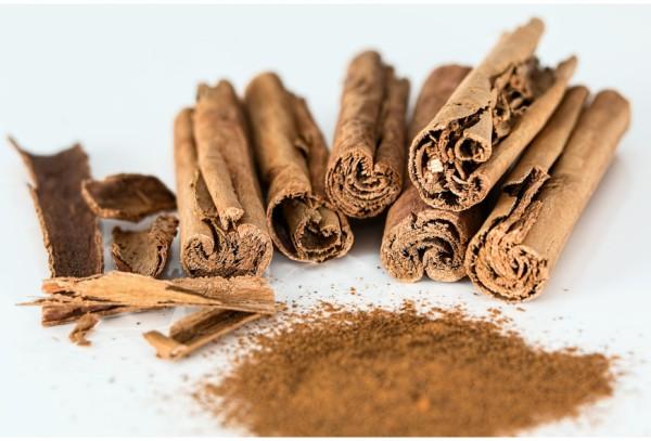 b-cinnamon-stick-514243_1920